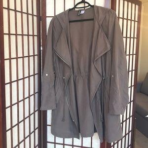 Brand new, never worn light jacket/duster